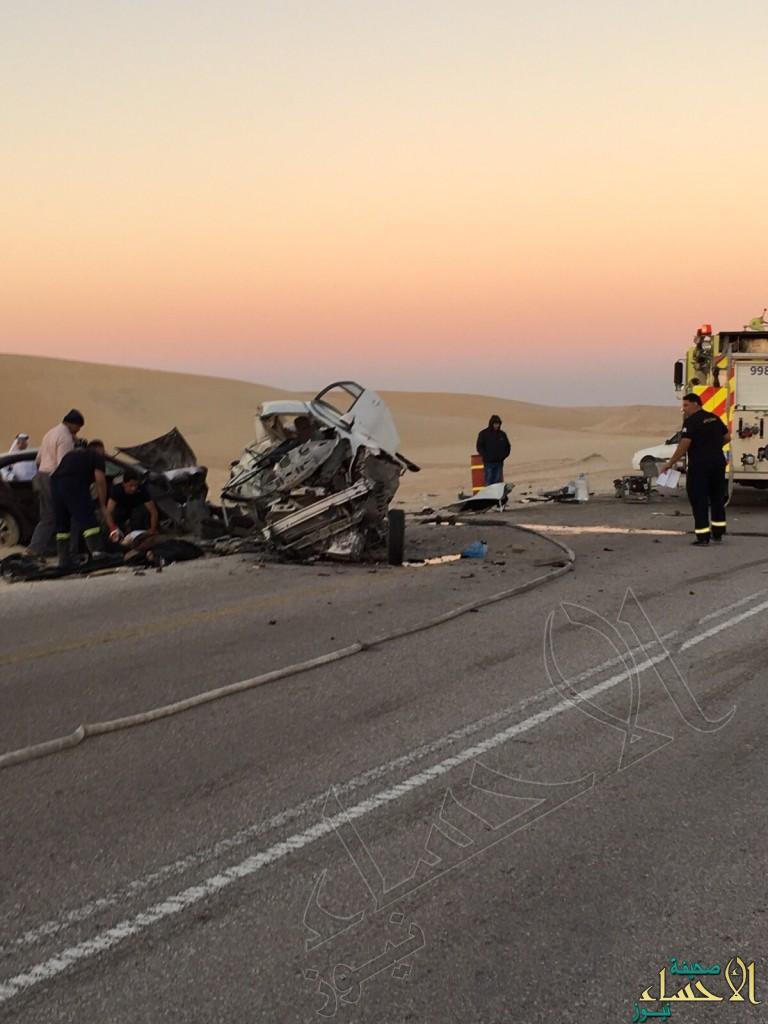 بالصور… على طريق #العقير حادث كارثي والنتيجة وفاة وحالتين حرجة للغاية