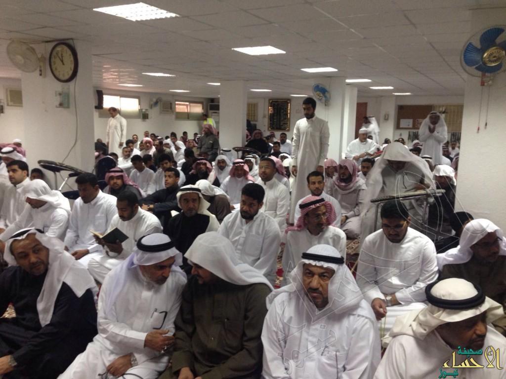 """بالصور… رغم أنف الإرهاب الصلاة في مسجد """"الرضا"""" تعود"""