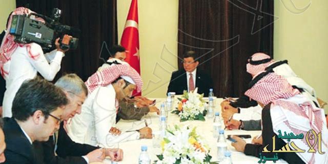 أوغلو: خادم الحرمين سيزور تركيا شهر أبريل المقبل لبحث مجالات التعاون