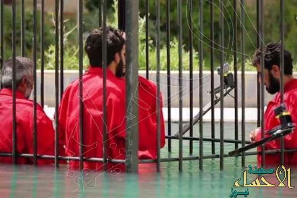 """""""داعش"""" يعدم 25 في حوض مليء بحمض النيتريك حتى تتحلل أجسامهم !"""
