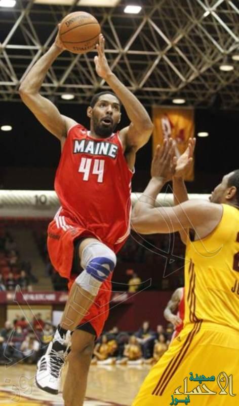 لاعب كرة السلة الأمريكي يُجري جراحة ناجحة بمستشفى الموسى التخصصي