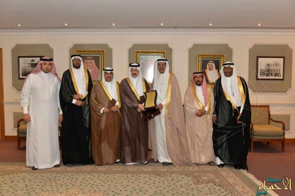 سمو الأمير بدر بن جلوي يثني على جهود منتدى الأدب الشعبي بفنون #الأحساء