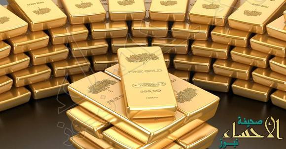 تراجع طفيف في سعر الذهب مع ارتفاع الدولار