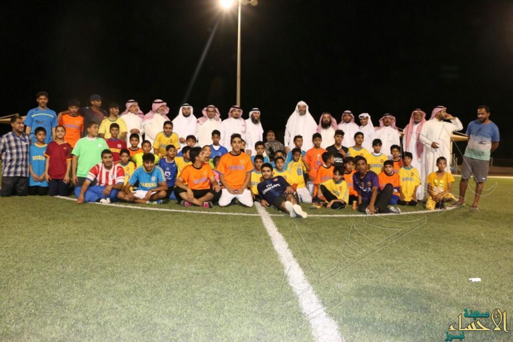 """بالصور.. """"بالغنيم"""" يقضي يوم في نادي حي """"الأمير محمد بن فهد بن جلوي"""" بالعيون"""