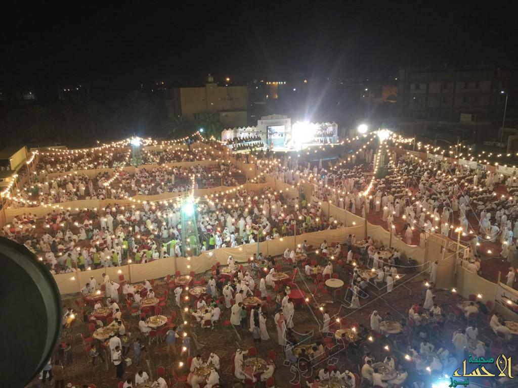 """بالصور… وسط حضور 45 ألف """"الرميلة"""" تحتفل بزفاف 96 عريساً وعروسة بمهرجان الزواج الجماعي"""