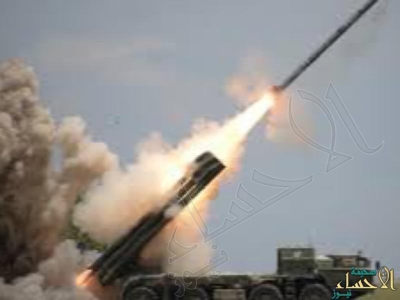"""""""الدفاع الجوي"""" تعترض صاروخاً باليستياً باتجاه مدينة أبها"""