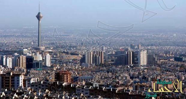 وفد عسكري أمريكي يزور طهران سرا تحت غطاء السياحة