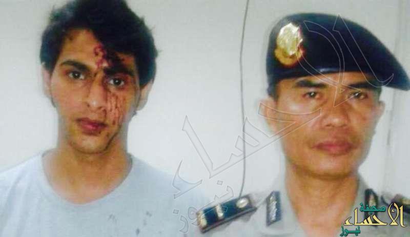 سياح سعوديين يتعرضون للابتزاز والضرب من موظفي مطار بإندونيسيا