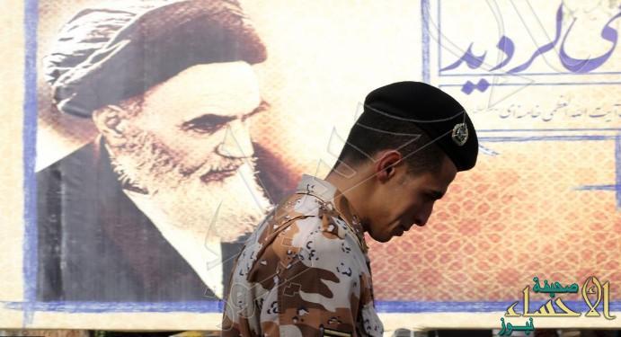 جندي إيراني يقتل نفسه و3 من زملائه في منشأة عسكرية جنوبي البلاد