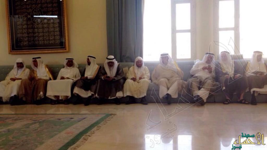 """بالصور… مجلس أسرة """"ال شيخ مبارك"""" يستقبل المهنئين بعيد الأضحى"""