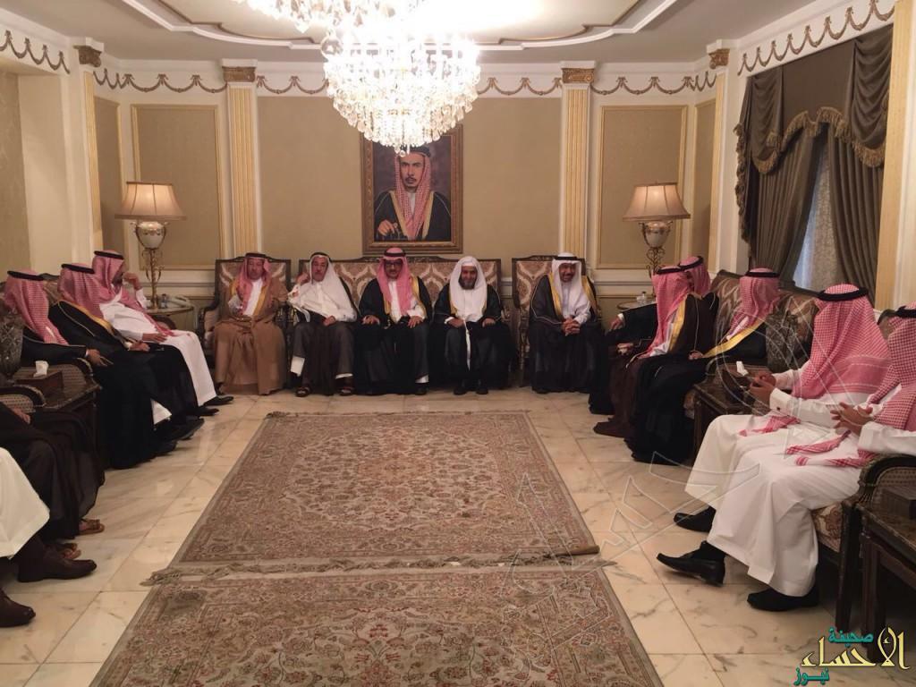 """بالصور .. مجلس أسرة """"الماجد"""" يستقبل المهنئين بعيد الأضحى"""