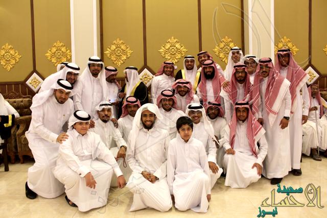 """عائلة الحويل تزف نجلها """"محمد"""" إلى القفص الذهبي"""