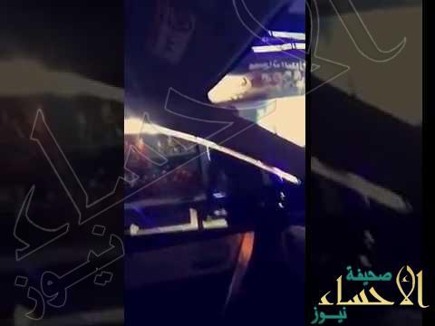 بالفيديو.. القبض على شاب تجوّل بسيارته في شوارع نجران متنكراً بزي نسائي