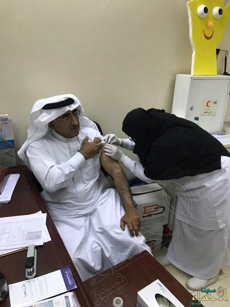 «الحاجي» يدشن حملة التطعيم ضد الانفلونزا الموسمية بمركز طب الأسنان