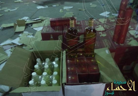 """جمرك البطحاء يحبط محاولة تهريب أكثر من 15 ألف زجاجة خمر ضمن إرسالية """"عصير ليمون"""""""