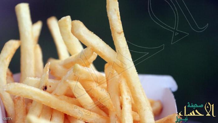 لن تصدق … طهي البطاطس والخبز في حرارة مرتفعة يسبب مرض خطير !!