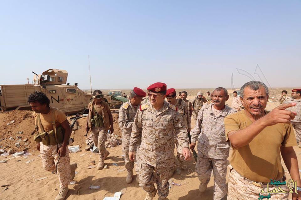 رئيس هيئة الأركان اليمني يدعو الانقلابيين إلى التوقف عن الزج بالمدنيين في معارك خاسرة