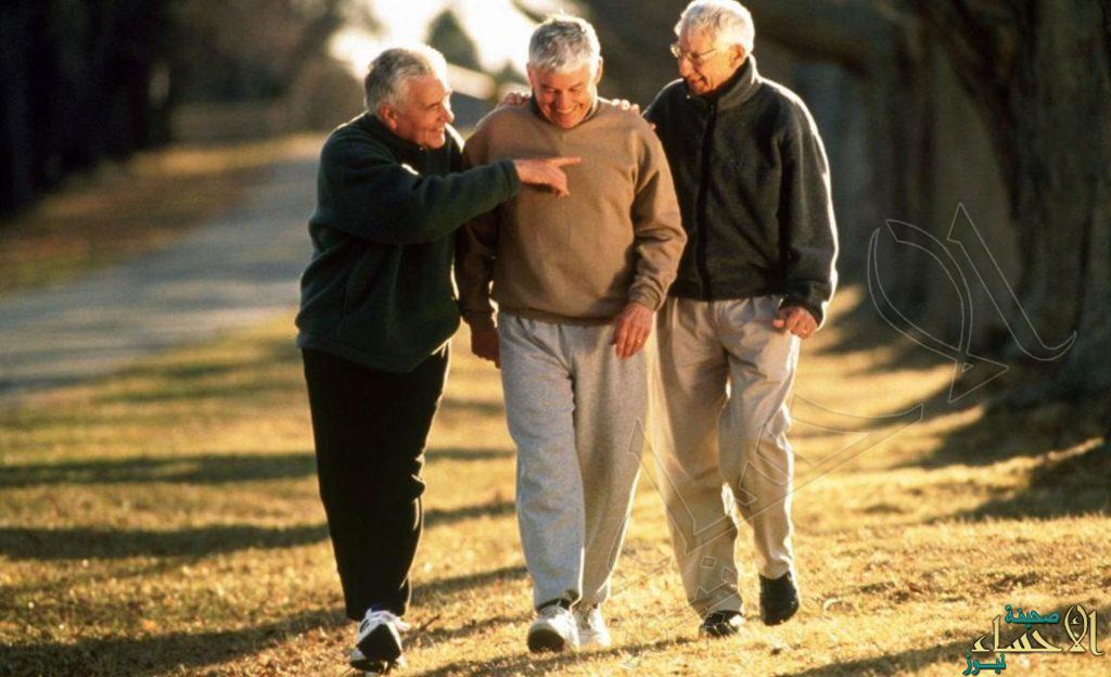 """حارب """"الاكتئاب"""" بالمشي: يحسن المزاج ويعزز الصحة النفسية"""