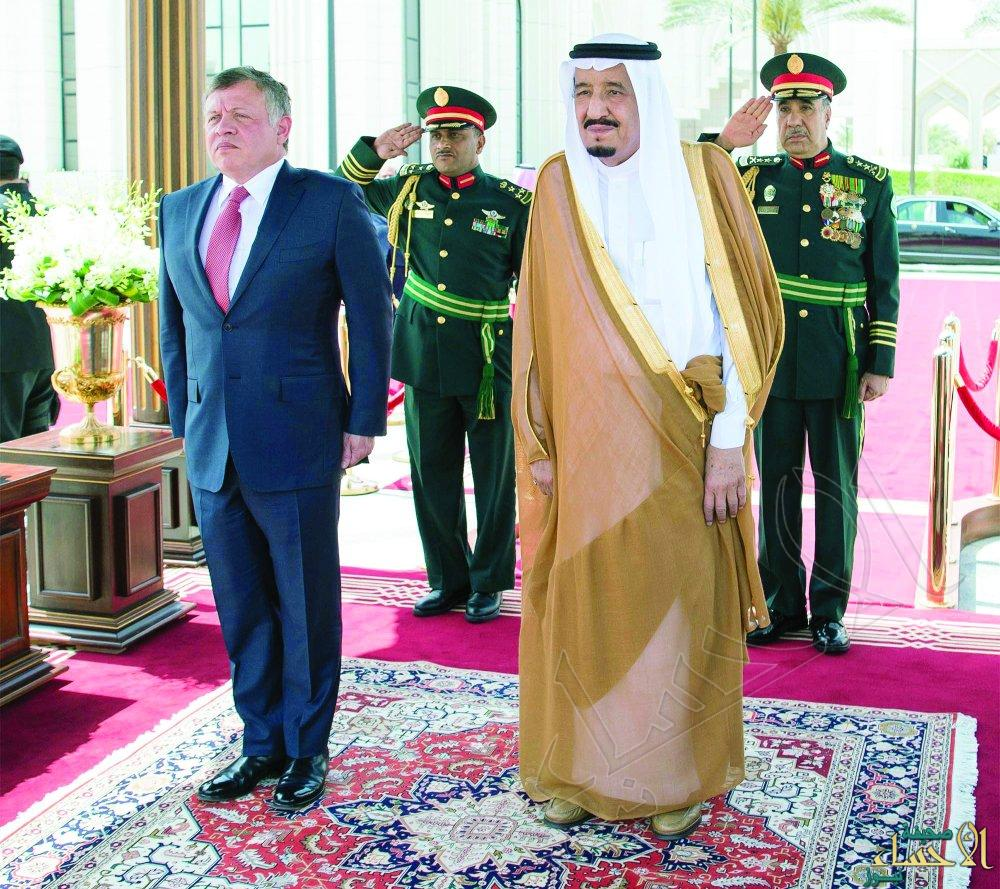 خادم الحرمين يوجه دعوة لملك الأردن لحضور القمة العربية الإسلامية الأمريكية
