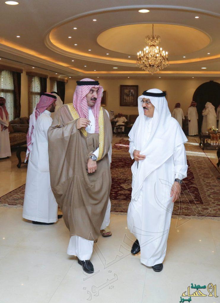 """بالصور.. سمو الأمير """"عبدالعزيز بن جلوي"""" يُعزي """"عبدالرحمن الموسى"""" في وفاة حرمه"""