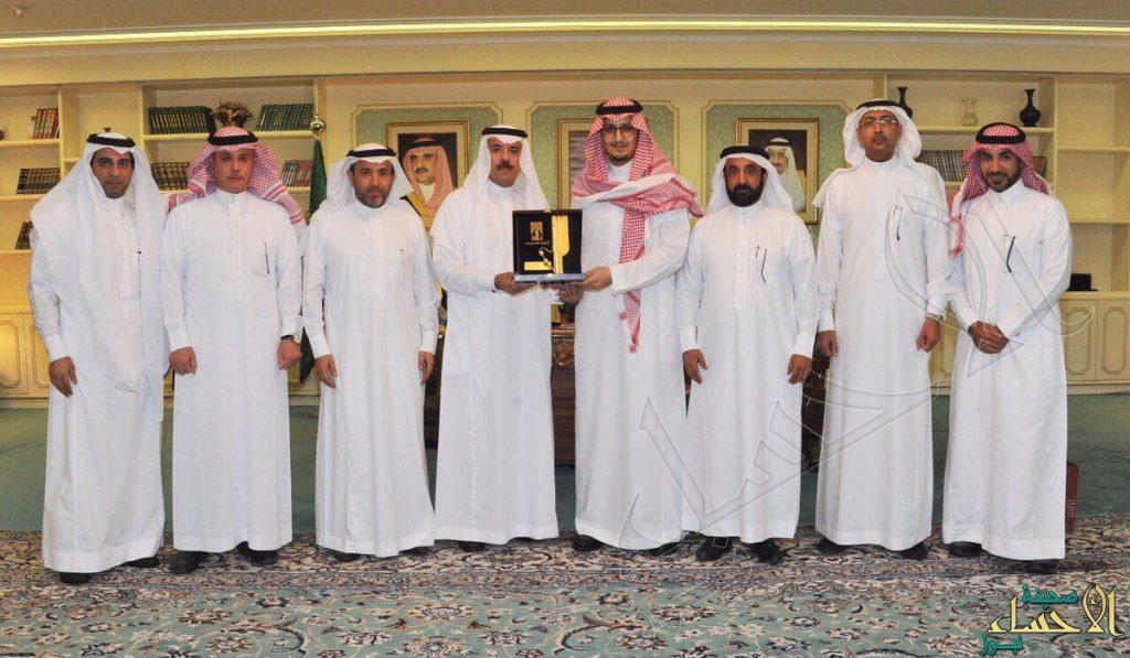 سمو نائب أمير المنطقة الشرقية يطلع على إنجازات أمانة الأحساء