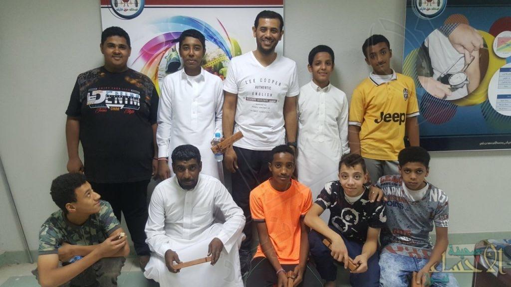 مركز محو الأمية بمدرسة عقبة بن نافع في زيارة لنادي الحي بإبتدائية سعود بن جلوي