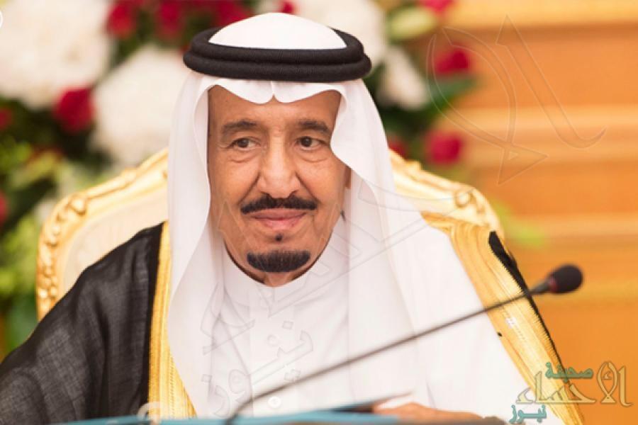 #الملك_سلمان يوقع اعتماد أكبر ميزانية في تاريخ #المملكة.