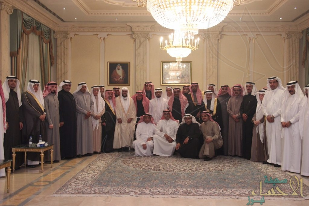 """بالصور.. رجل الأعمال """"الحماد"""" يحتفي بمدير """"جامعة الملك فيصل"""" بالأحساء"""