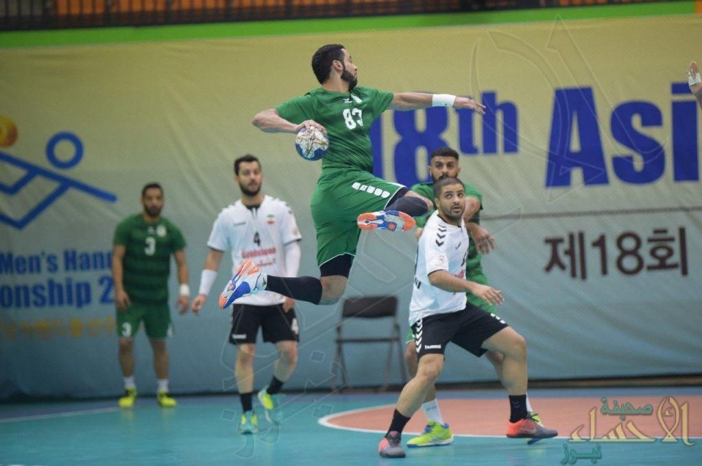 المنتخب السعودي لكرة اليد يتغلب على إيران ويقترب من المونديال