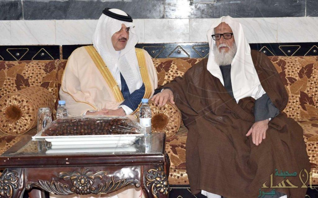 """بالصور.. القاضي """"الجزيري"""" يستضيف الأمير """"سعود بن نايف"""" و الأمير """"بدر بن جلوي"""" بـ""""عمران"""" الأحساء"""