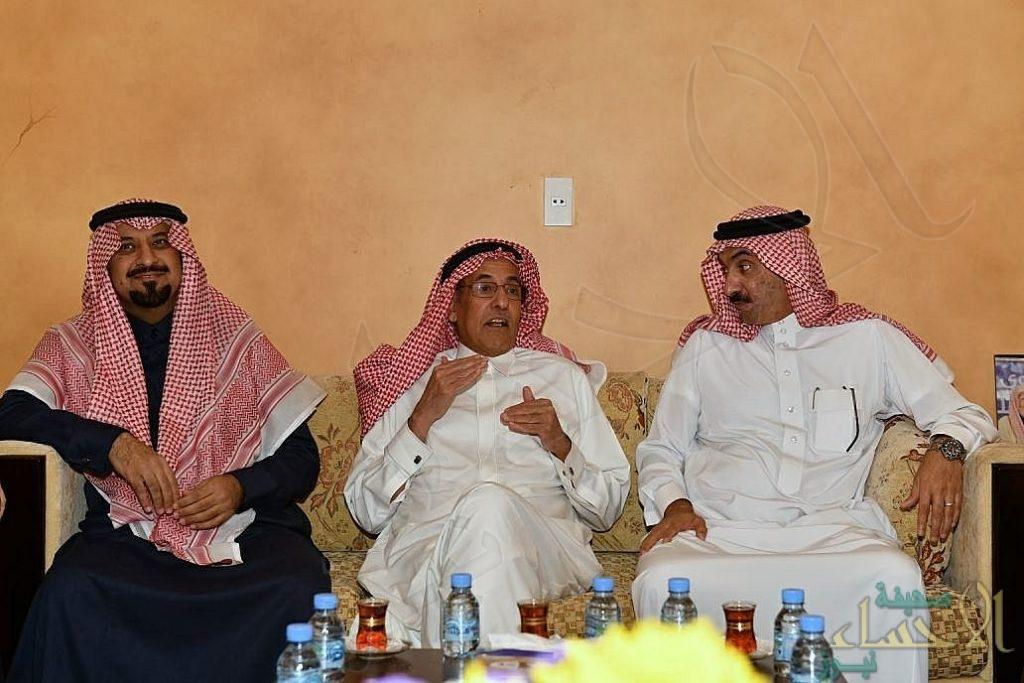 """بالصور.. الأمير """"عبدالعزيز"""" بن محمد بن جلوي يزور """"النجيدي"""""""