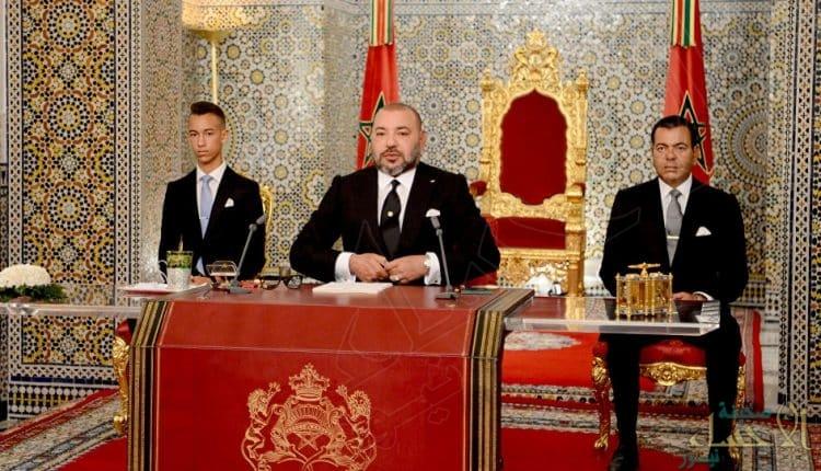 بالصورة.. ملك المغرب يجري عملية جراحية في القلب