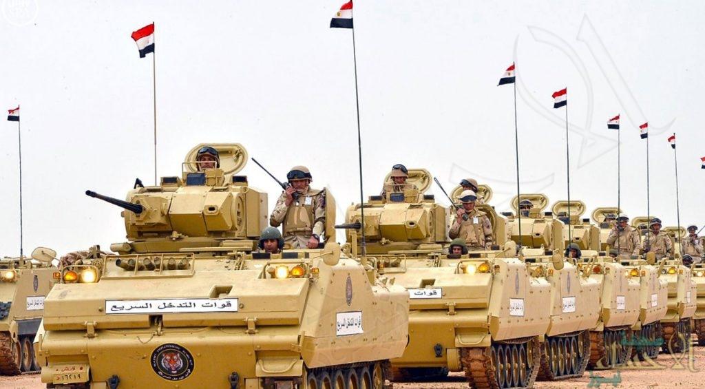 """عين مصر على """"درنة"""".. واستنفار عسكري على الحدود الليبية"""