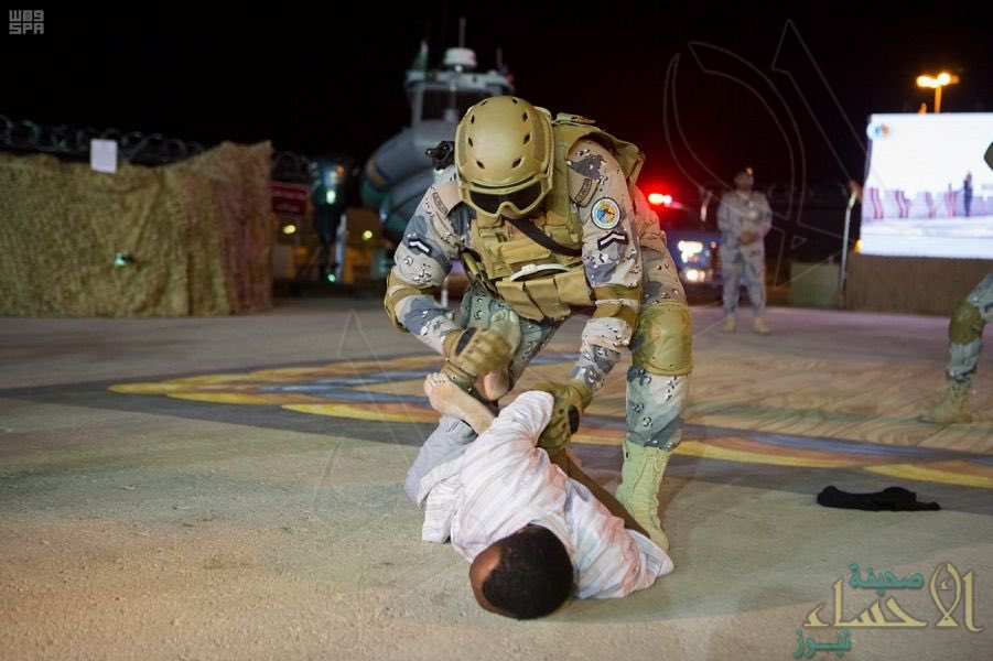 بالصور.. تجهيزات قوة #أمن_الحدود الخاصة تجذب زوار #الجنادرية