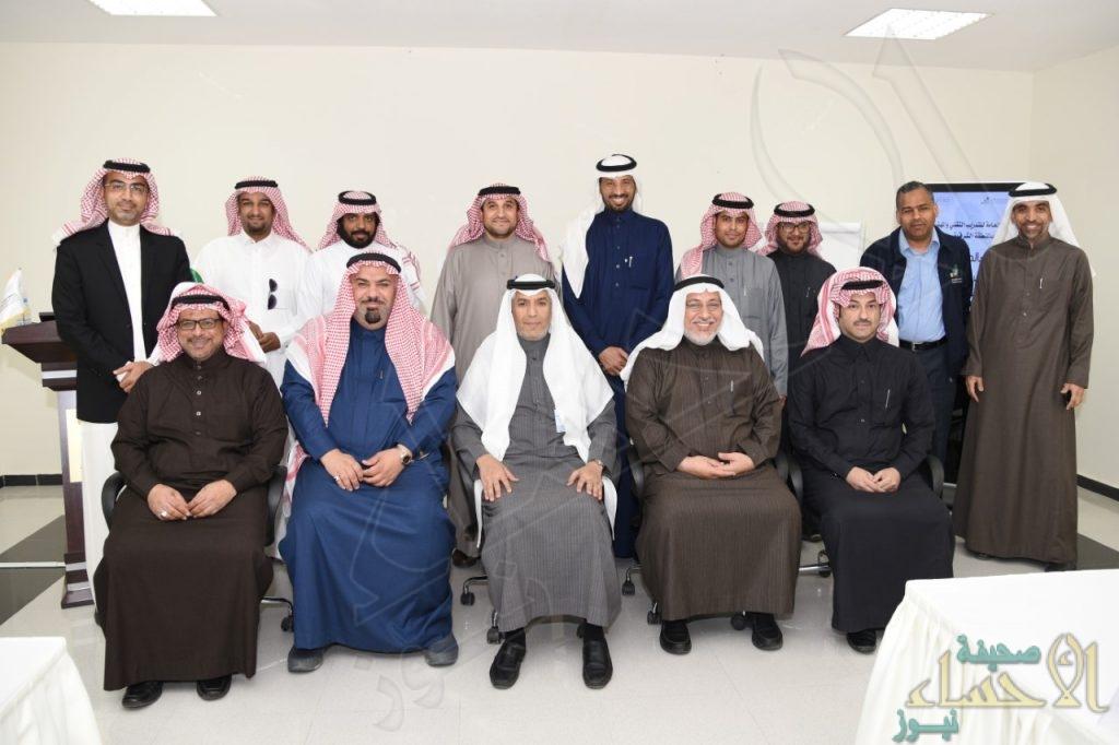 تقني الشرقية يناقش برنامج توطين قطاع الاتصالات وخدمة المجتمع بالمنطقة