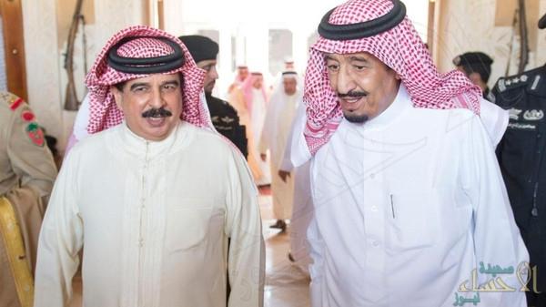 الملك سلمان يتلقى اتصالاً هاتفياً من ملك البحرين