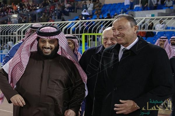 """""""آل الشيخ"""" و""""الخطيب"""" يتقدمان ببلاغ إلى النائب العام المصري ضد """"مرتضى منصور"""""""