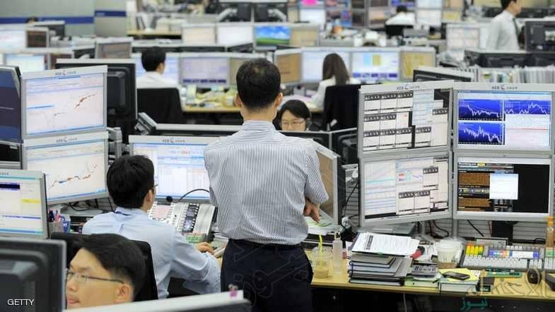 كوريا.. الحكومة تتدخل بحيلة ليتوقف الموظفون عن العمل
