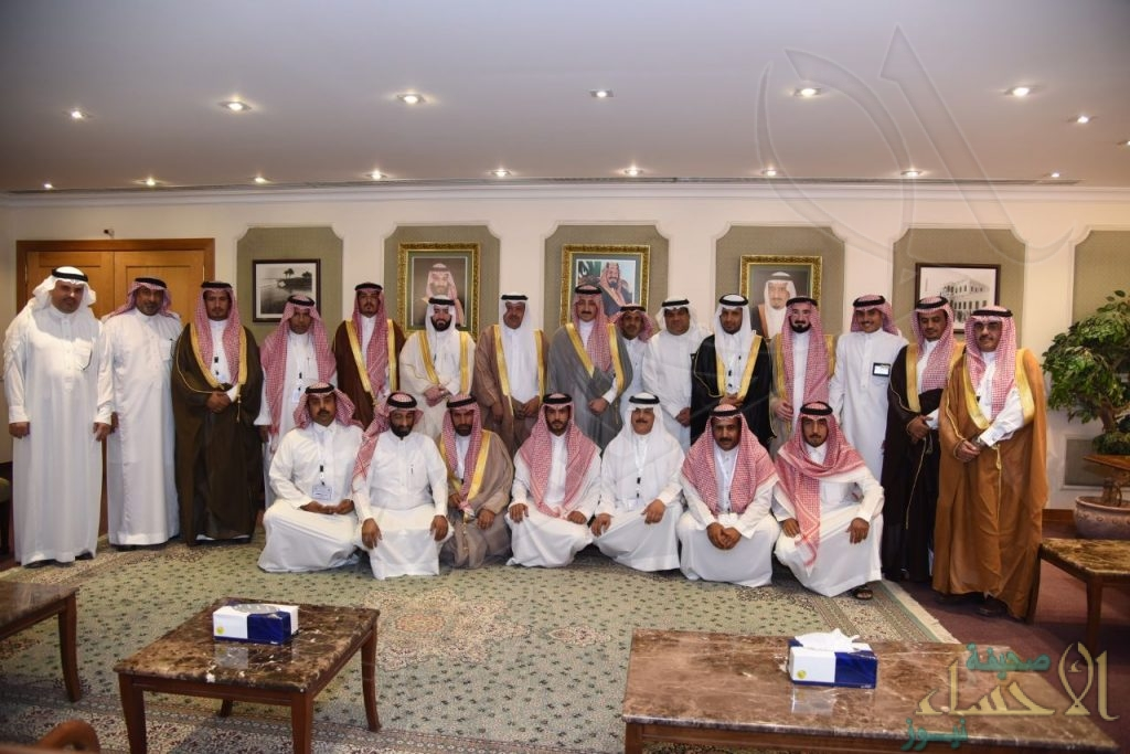 """بالصور.. """"محافظ الأحساء"""" يستقبل مدير عام التدريب الإداري بإمارة المنطقة الشرقية"""