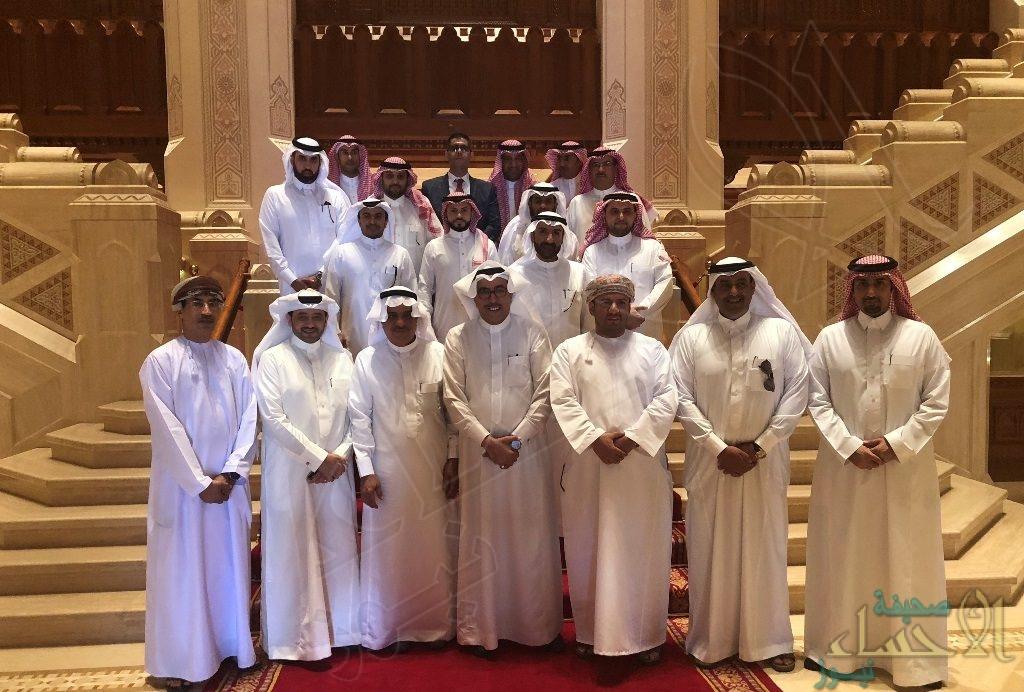 """بالصور.. وفد """"غرفة الأحساء"""" يختتم زيارة عمل ناجحة  إلى """"سلطنة عمان"""""""
