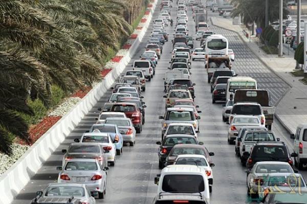 وزير النقل يكشف عن خطة لفرض رسوم مرور على طرق سريعة في 2020