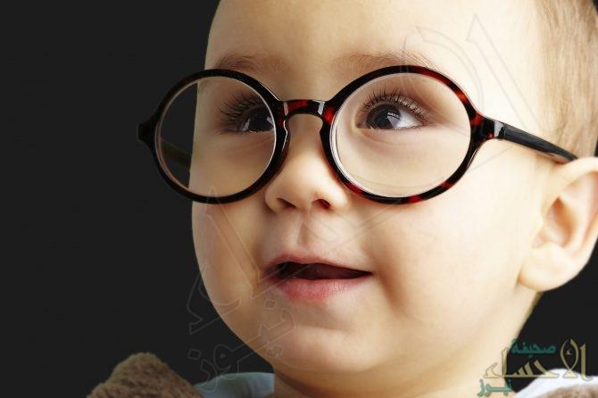هل النظارة الطبية تُصحح نظر طفلك.. ؟!