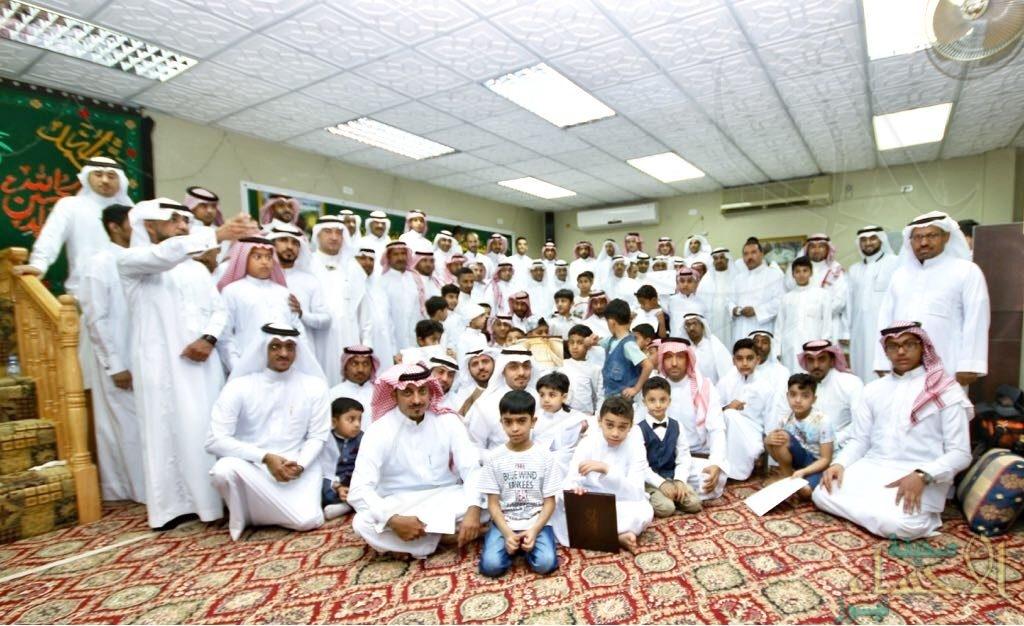 """بالصور .. أسرة الموسى في """"جليجلة"""" تستقبل المهنئين بالعيد وتكرم المتفوقين"""
