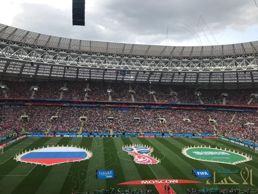 فيديو الموسم: ماذا فعلت الجماهير السعودية قبل الهدف الخامس؟