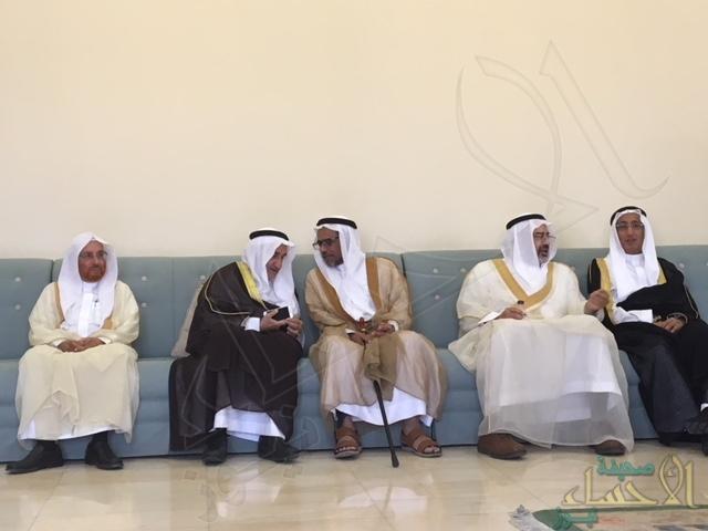 """بالصور.. مجلس أسرة """"ال الشيخ مبارك"""" يستقبل المهنئين بالعيد السعيد"""