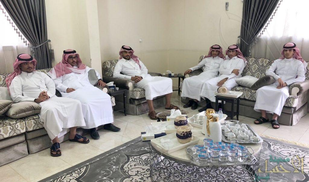"""بالصور … أسرة """"الدويرج"""" تحتفل بعيد الفطر المبارك"""