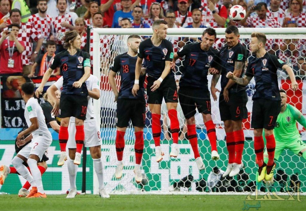 من الكرات الثابتة إلى غرامات الفيفا.. أهم أرقام كأس العالم 2018