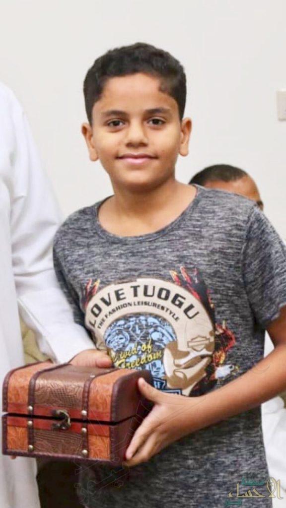 """""""صورة"""".. ابتسامة الطفل """"محمد"""" تودع الدنيا دهسًا في حادث أليم بالأحساء"""