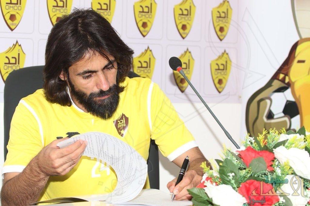 رسميًا .. حسين عبدالغني يرتدي شعار أحد