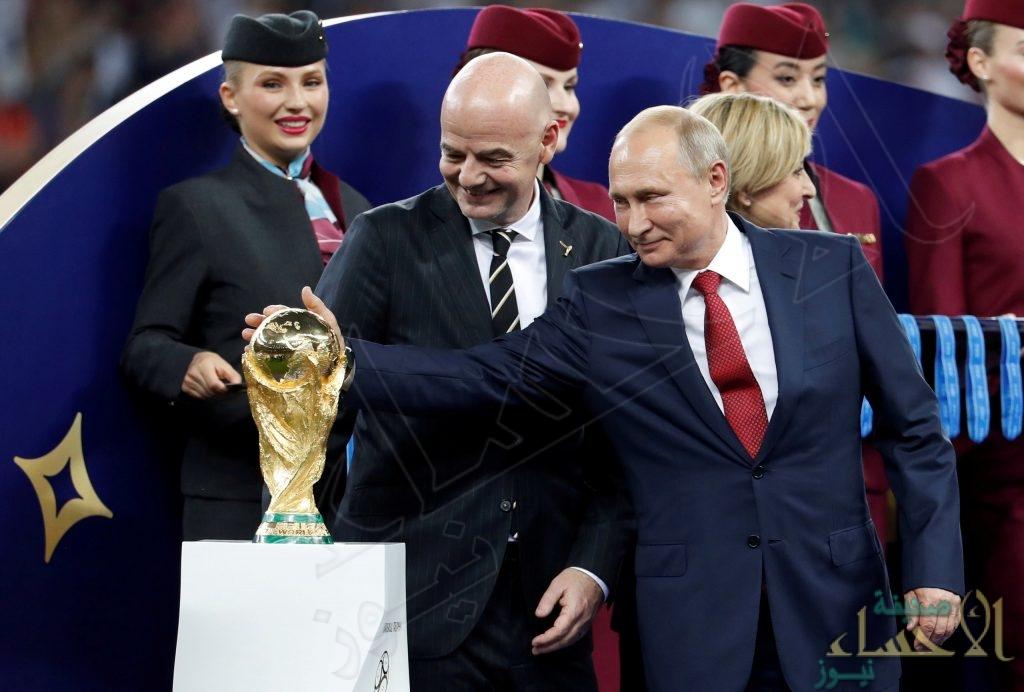 """بوتين """"الفخور"""": تأشيرات المونديال حتى آخر السنة"""